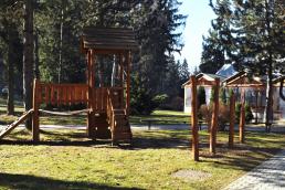 Detské ihrisko, ruské kolky a basketbal
